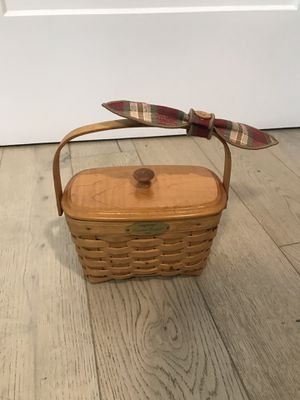 Longaberger Dresden Basket 2001 with Lid for Sale in Tampa, FL