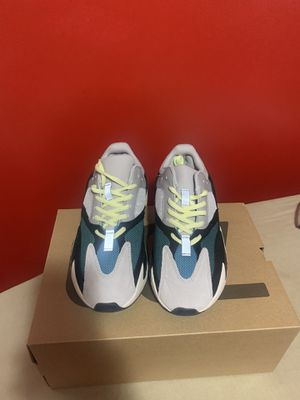 Yeezy boost 700 for Sale in Dearborn Heights, MI
