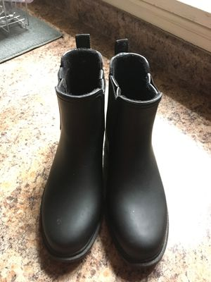 Clarks Women's Black Rubber Boots | Size 7 for Sale in Evanston, IL