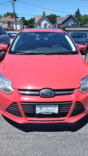 2013 Ford Focus Red for Sale in Cleveland, OH