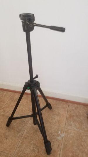 Velbon Camera Tripod for Sale in Manassas, VA
