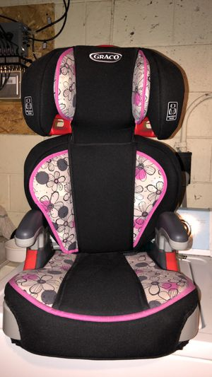 Child car seat for Sale in Appleton, WI
