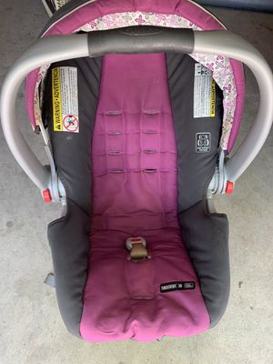 Graco infant car seat for Sale in North Charleston, SC