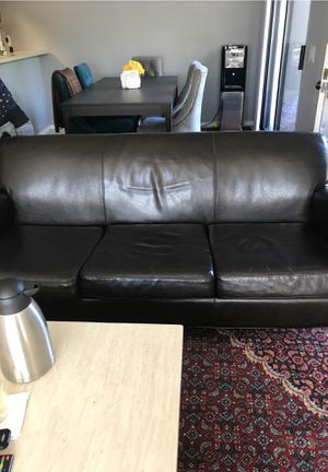 Black couch for Sale in Newark, CA