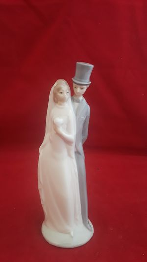 "NAO LLADRO VINTAGE 1977 WEDDING CAKE TOPPER FIGURINE 6"" TALL for Sale in Pompano Beach, FL"