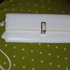 Rare White Coach Clutch for Sale in Columbus, OH