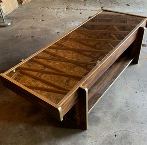 Coffee table for Sale in Minneapolis, MN