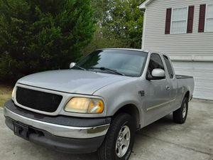 99 Ford f150 triton for Sale in Loganville, GA