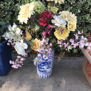 Fake Flowers for Sale in Shafter, CA