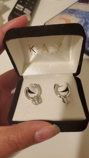 Kay Jewelers: Diamonds in rhythm heart Earring for Sale in Oakland, CA