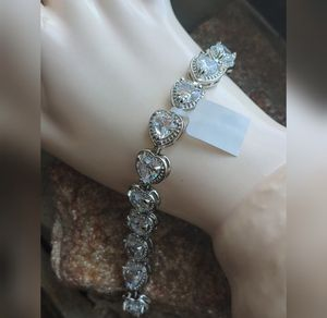 🎁 New Cubic Zirconia HEARTS bracelet for Sale in Pompano Beach, FL