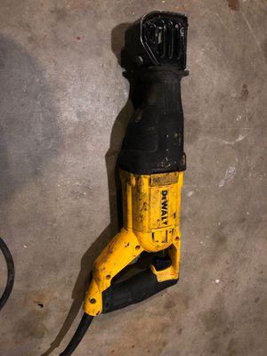 DWE305 DEWALT 12-Amp Corded Reciprocating Saw for Sale in Stafford, TX