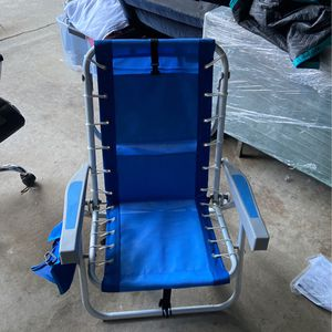 2 Beach Chairs for Sale in West Hollywood, CA