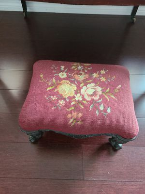 Small foot stool for Sale in Clearwater, FL