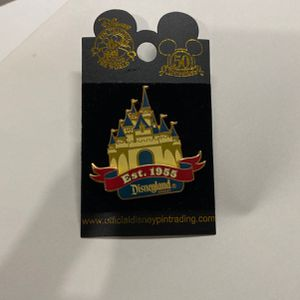 DISNEY DLR PIN trading DISNEYLAND 50TH ANNIVERSARY CASTLE HAPPIEST HOMECOMING EST 1955 PIN for Sale in Los Angeles, CA