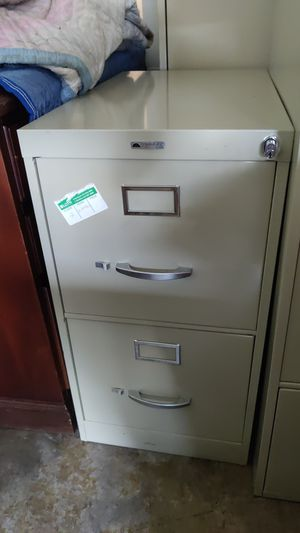 Continental 2 drw filing cabinet for Sale in Grove City, OH