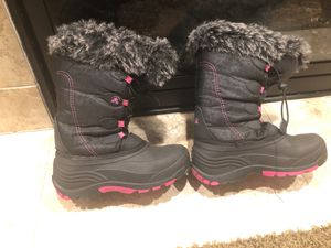 Kamik Powdery 2 Girls' Youth Boot size 5 for Sale in Puyallup, WA
