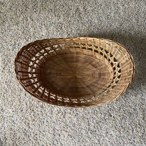 ‼️Oval Wicker Basket with Intricate Design‼️ for Sale in Edgar, WI