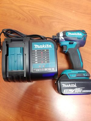 Makita brushless impact driver complete set for Sale in Covina, CA