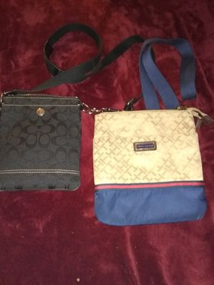 ✨2 Beautiful Condition♦️Coach & Tommy Hilfiger Messenger Bags!🎀 Like New!!! for Sale in Bellingham, MA
