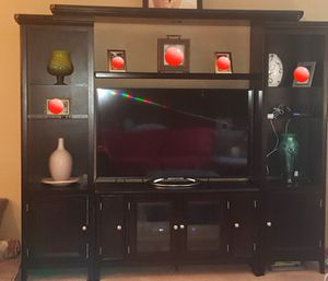 Black entertainment center for Sale in NO HUNTINGDON, PA