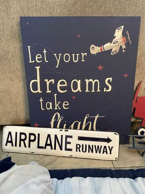 Airplane theme baby bedroom set for Sale in Largo, FL