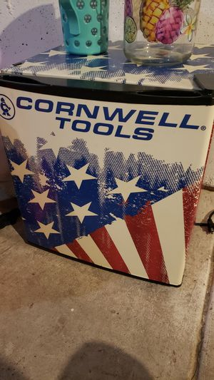 CTP17A - Cornwell® 1.7 cu.-ft. Flag Mini Fridge for Sale in Denver, CO