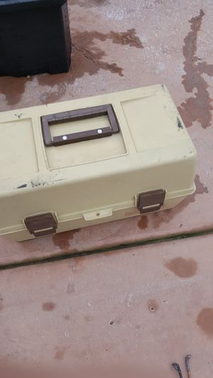 Fishing pal tackle box for Sale in Stockton, CA