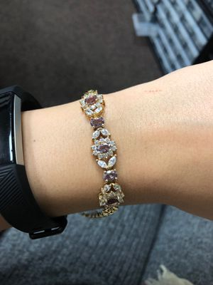 Gold plated sterling silver super cute flower cz diamond womens bracelet w velvet box for Sale in Garland, TX