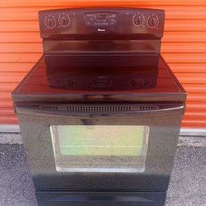 Amana Electric Stove. 100% FULLY WORKING! for Sale in Hollywood, FL