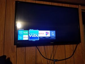samsung 32 in smart tv for Sale in Midland, MI