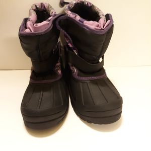 Athletech Girls Snow Winter Boots Size 3 for Sale in Irvington, NJ