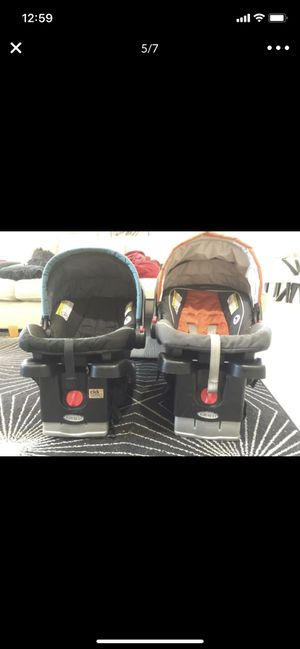 Graco Click Connect Car seats for Sale in Gilbert, AZ