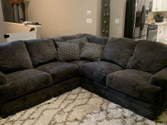 Sectional Couch for Sale in Canal Winchester,  OH