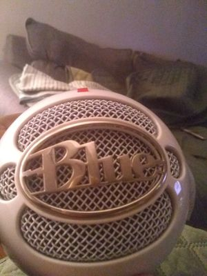 Blue Yeti Snowball microphone for Sale in Brooklyn, NY