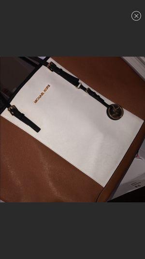 Michael Kors Tote Bag for Sale in Tampa, FL