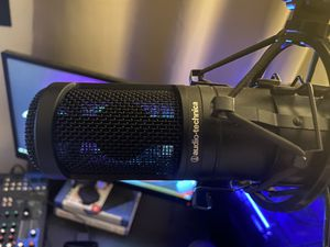 Audio Technica AT2020 XLR Mic with Stand for Sale in Los Angeles, CA
