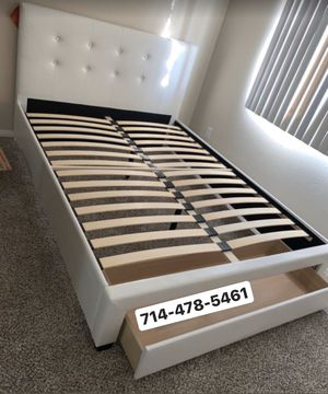 Full size bed frame for Sale in San Diego, CA