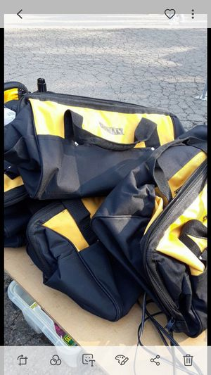 """Brand new dewalt contractor bags 19"""" x 14"""" x12 """" $ 20.00 each firm on price for Sale in Fresno, CA"""