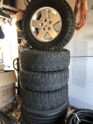 4 tire Jeep Goodyear set, 17' Wheels and rims for Sale in Leander, TX