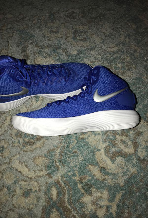 Nike hyperdunks 2017 size 10 1/2