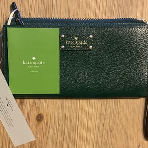 Kate Spade Wristlet Wallet Brand New With Tags for Sale in San Bernardino, CA