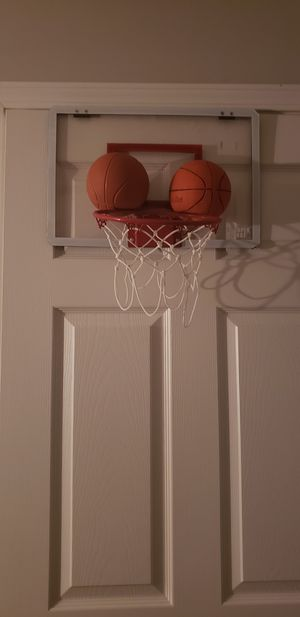 Basketball hoop for Sale in Auburn, GA