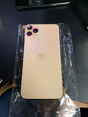 iPhone 11 Pro rose gold unlocked 256gb for Sale in Paramount, CA