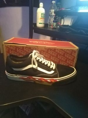 Flame Vans (Men's 10.5) for Sale in Oxon Hill, MD