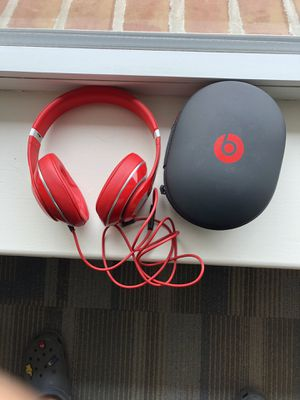 Beats by Dr.Dre Studio 2.0 Wired Over-Ear Headphone RED for Sale in Silver Spring, MD