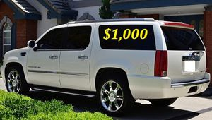 $1,OOO I'm selling urgently 2OO8 Cadillac Escalade. for Sale in Miami, FL