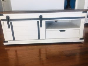 Tv stand / coffee table for Sale in Gilbert, AZ