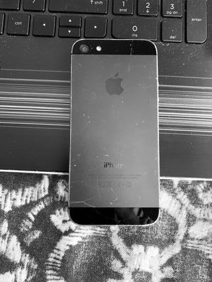 iPhone 5 for Sale in TEMPLE TERR, FL