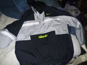Like new nike pullover jacket for Sale in Smyrna, TN
